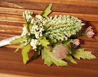 Spring Wedding Boutonniere, White and Pink Boutonniere, White Thistle with Blush Pink Boutonnieres, Thistle Boutonniere