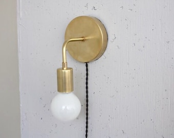 Plug in wall sconce - Roy - Brass Sconce - Bedside light - Mid century modern - bare bulb - dimmable lamp