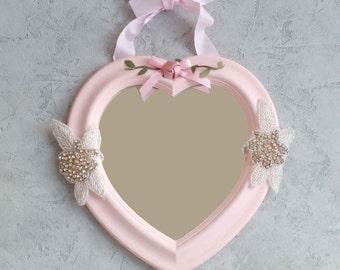 mirror Shabby heart shape