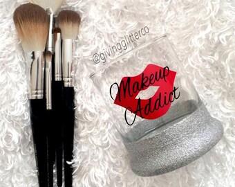 Makeup Addict - Makeup Brush Holder