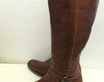 Marked Down 25%@@Women's Vintage 80's,Tall Brown DUAL BUCKLE & Zip Close Boots.9(?)