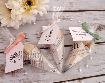 White chocolate fish and chip cone favour, personalised tag with choice of twine or ribbon colour. LISTING IS FOR 5 Cones.