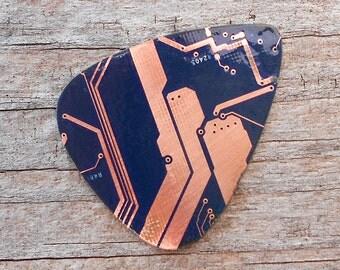 Electronic Guitar Pick - Blue circuit board