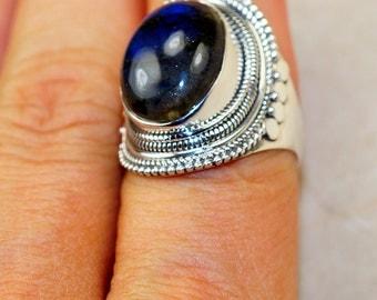 Labradorite  & 925 Sterling Silver Ring size 8.5
