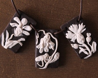 Necklace flower Art Nouveau - Art New Three Flowers Necklace