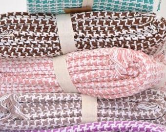 100% Cotton Throw with Tassels - 160cm x 130cm