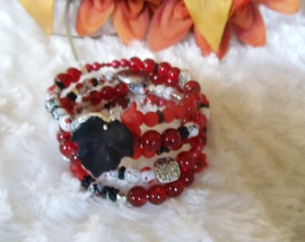Statement spiral bracelet with Crackle glass beads red/black/white