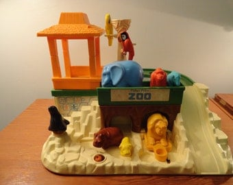 Vintage 1984 Fisher Price Zoo Number 916