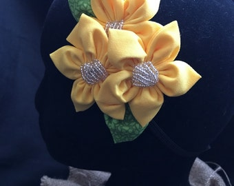 Sunny yellow floral fascinator