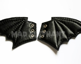 Boot shoe genuine leather accessory pair of black bat wings with 3 eyelets