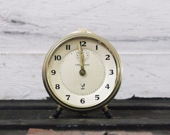 Industrial Style Distressed JAZ Clock – Functional