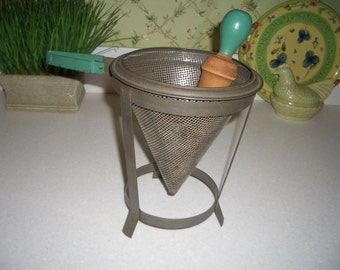 Vintage Metal Cone Shaped Ricer/Sieve/Masher with Wood Pestle...Green Handles