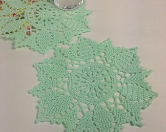Small Mint Green Doilies - set of 2 (#01-09-4)