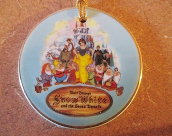 Vintage 1987 Walt Disney World Snow White and the Seven Dwarfs Ornament