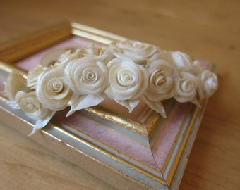 Bridal flower comb - White rose  hair comb - Wedding flower comb - Flower comb. Bridal comb. Flower hair accessory