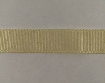 5/8 Inch Cream Grosgrain Ribbon