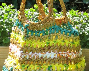 Upcycled plarn tote