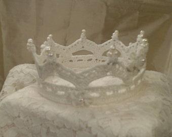 Bridal lace crown