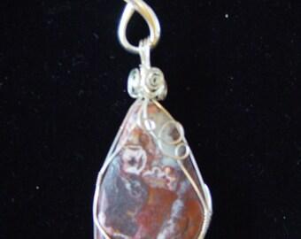 Free form pendant