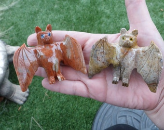Soapstone Jasper Bat Carving Spirit Animal Talisman Wicca Reiki Gifts for Kids Rockhound