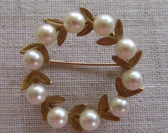 14k Estate Vintage Pearl Wreath Pin Brooch