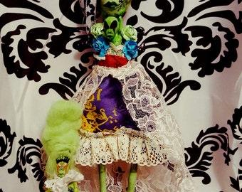 Alienestein and her children Ooak Art Doll