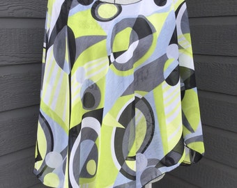 Poncho type retro print top with side slits