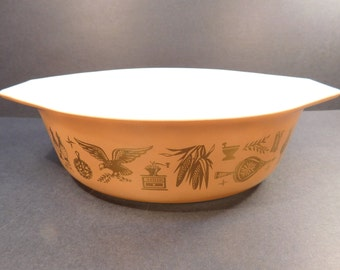 Vintage PYREX Early American Oval Casserole Dish, 1.5 Quart, Brown and Gold, #043