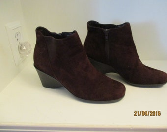 Easy Spirit Suede Ankle Boots