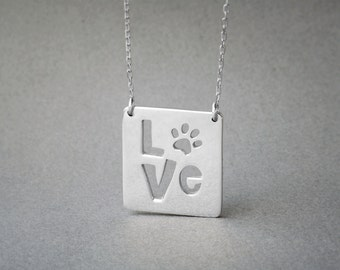 Square Plate Paw Necklace / Paw Love Necklace / Pet Love Necklace / Silver, Gold Plated or Rose Plated.