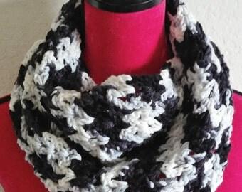 Zebra infinity scarf - zebra scarf - zebra cowl - black and white infinity scarf - gifts for her - winter infinity scarf - winter gifts