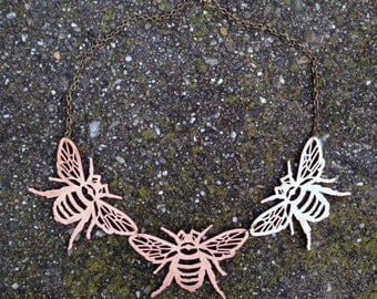 Bee Statement Necklace Bronze