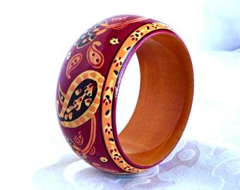 Bohemian Wood Bracelet, BOHO Wood Bangle, Retro Jewelry, Retro Wooden Bangle, Hand Painted Wood Bangle, Retro BOHO Jewelry, Flower Power
