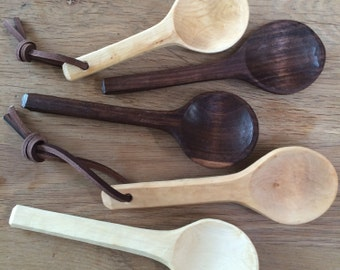 Handcarved wooden coffee scoops from Scottish wood and walnut with leather loop