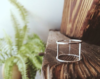 Statement Ring - Gap Ring - Minimal Jewellery - Unusual Ring - Negative Space Ring - Eco Friendly Jewellery -