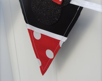 Minnie Mouse Pennant Banner