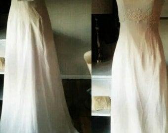 VINTAGE Wedding dress Jackie O Audrey Hepburn 1960s White Size 0 2