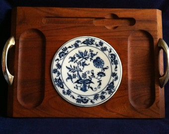 Unique Cheese Platter/Blue Onion Wooden Cheese Platter/Tray/Blue Danube Wooden Cheese Tray