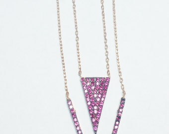 Double V Necklace