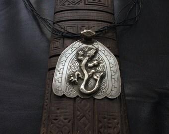 KHAMSA, HAMSA, hand of Fatima, hand of Miriam,Berber silver,ethnic jewelry,African jewelry,Berber amulet