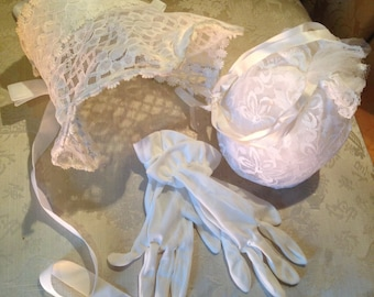 Lace bonnet.. Gloves and bag for 4 yr old approx. vintage. 1960's. wire framed bonnet. Stunning
