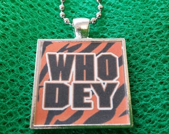 CINCINNATI BENGALS Who Dey * FOOTBALL Necklace Jewelry Keychain