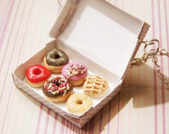 Krispy Kreme Iced Donuts in a Box Necklace, Krispy Kreme Iced Donuts Necklace, Iced Doughnuts Necklace, Donut In a Box, Miniature Donuts