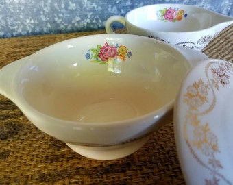 Royal China Covered Sugar Bowl Daisy Ann Pattern, Warranted 22-K Gold China