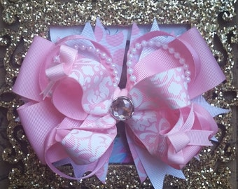 Pretty Pink Damask Boutique hairbow