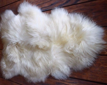 100% Genuine Real Icelandic Single One Pelt Sheepskin ivory WHITE 2 x 3 Rug