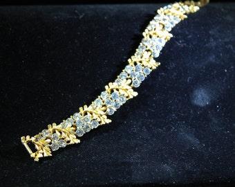 Vintage Signed BSK Gold leaves and rhinestone Bracelet