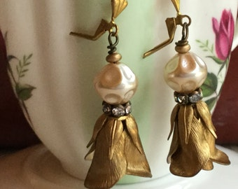 Tulips anyone? - unique vintage assemblage earrings