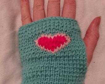 Fairy kei heart gloves