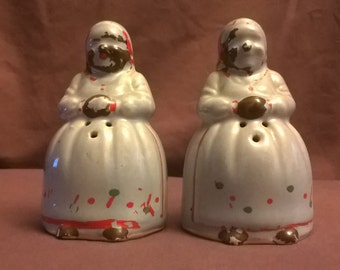 Vintage Black Americana Blue Mammy Salt and Pepper Shakers, 1947